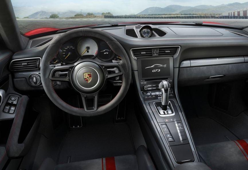 Interior del Porsche 911 GT3.