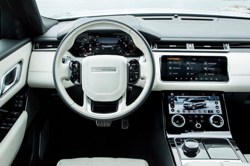 Interior del Range Rover Velar.