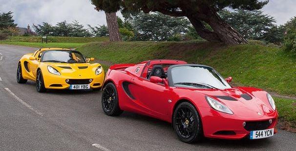 Lotus Elise Sport 220 y Sport.