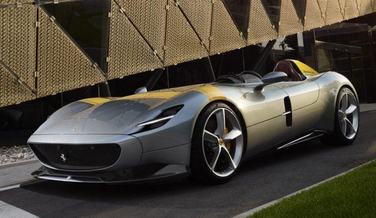 Ferrari Monza SP, la pareja más especial que ha salido de Maranello