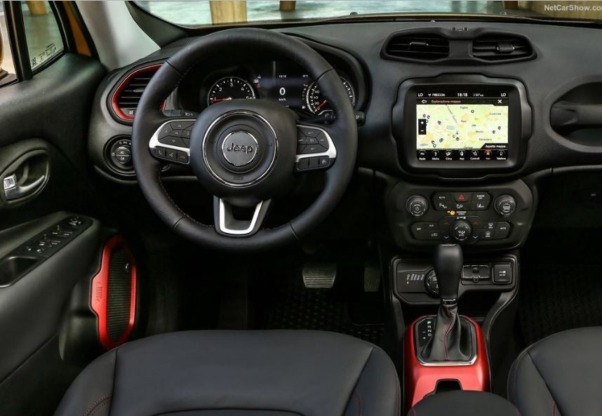 Interior del Jeep Renegade 2019.