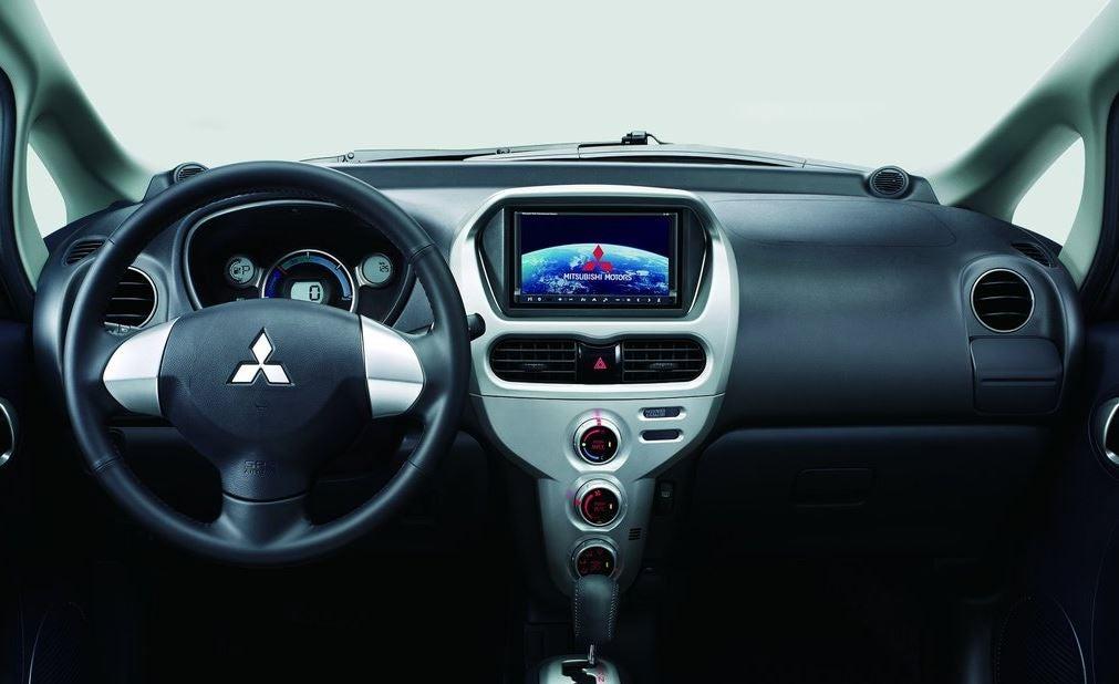 Interior del Mitsubishi i-MiEV.
