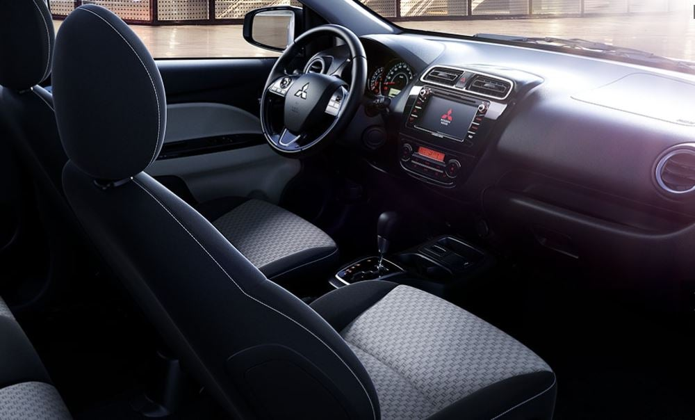 Interior del Mitsubishi Space Star.