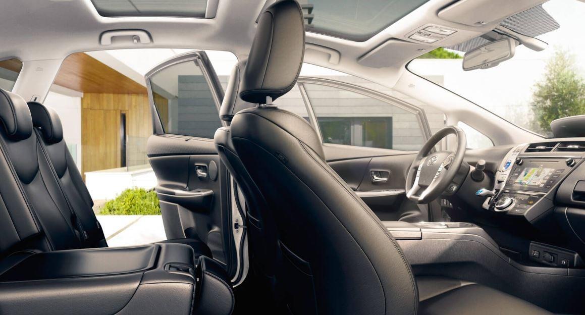 Interior del Toyota Prius 7 Plazas.