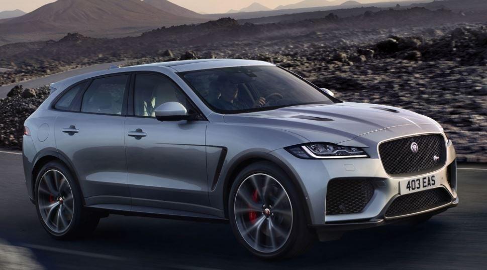 Jaguar F-Pace SVR.