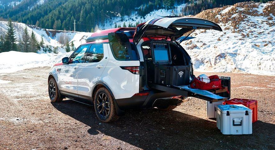 La colaboración entre Land Rover y la Cruz roja