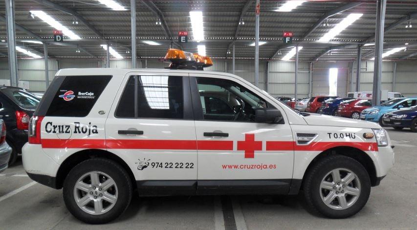 Land Rover de la Cruz Roja.