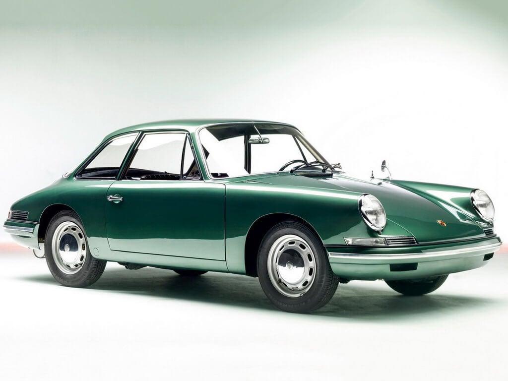 Porsche Typ 754 de medio perfil