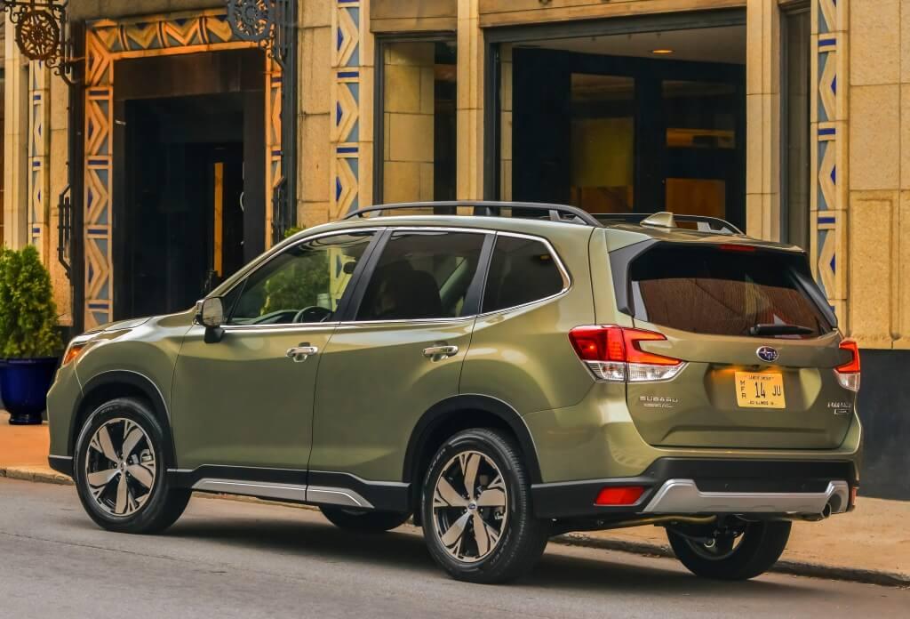 Subaru Forester 2019: trasera