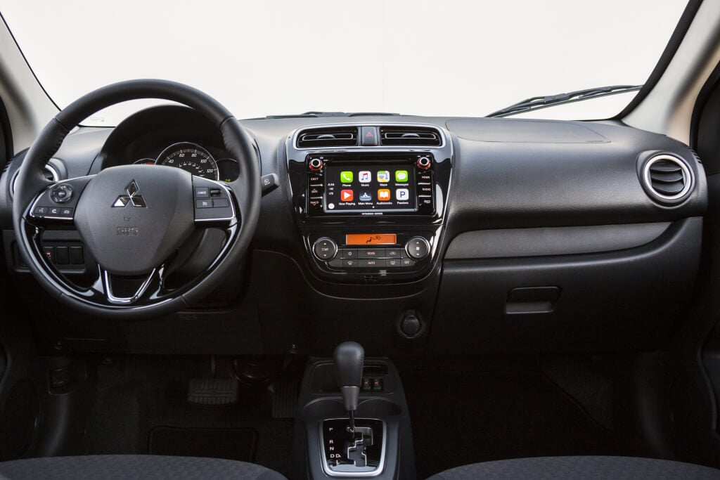 interior mitsubishi mirage 2018