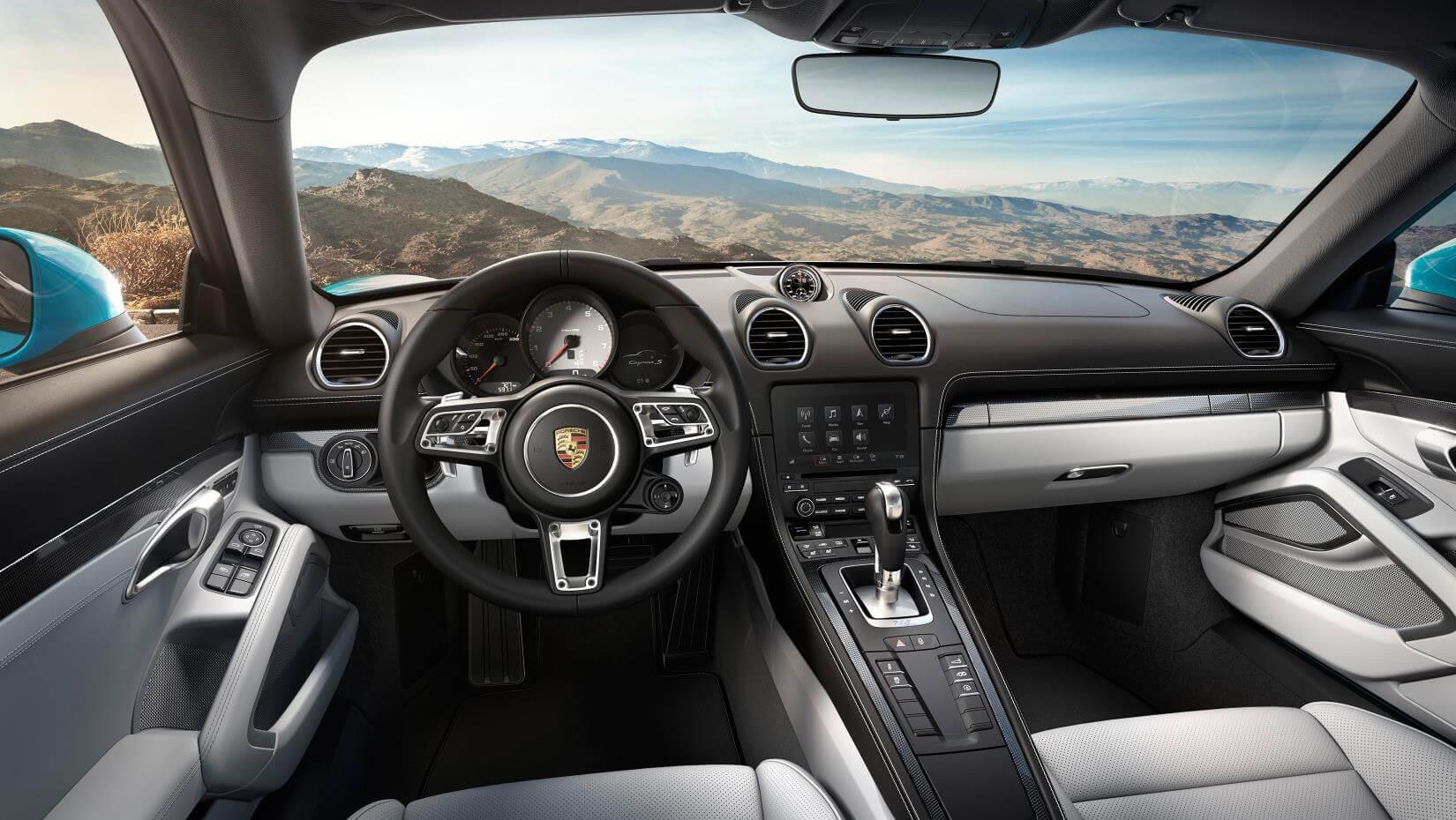 Porsche 718: interior