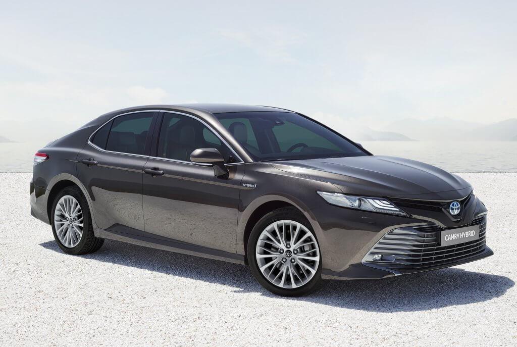 Nuevo Toyota Camry Hybrid, la berlina americana vuelve a Europa
