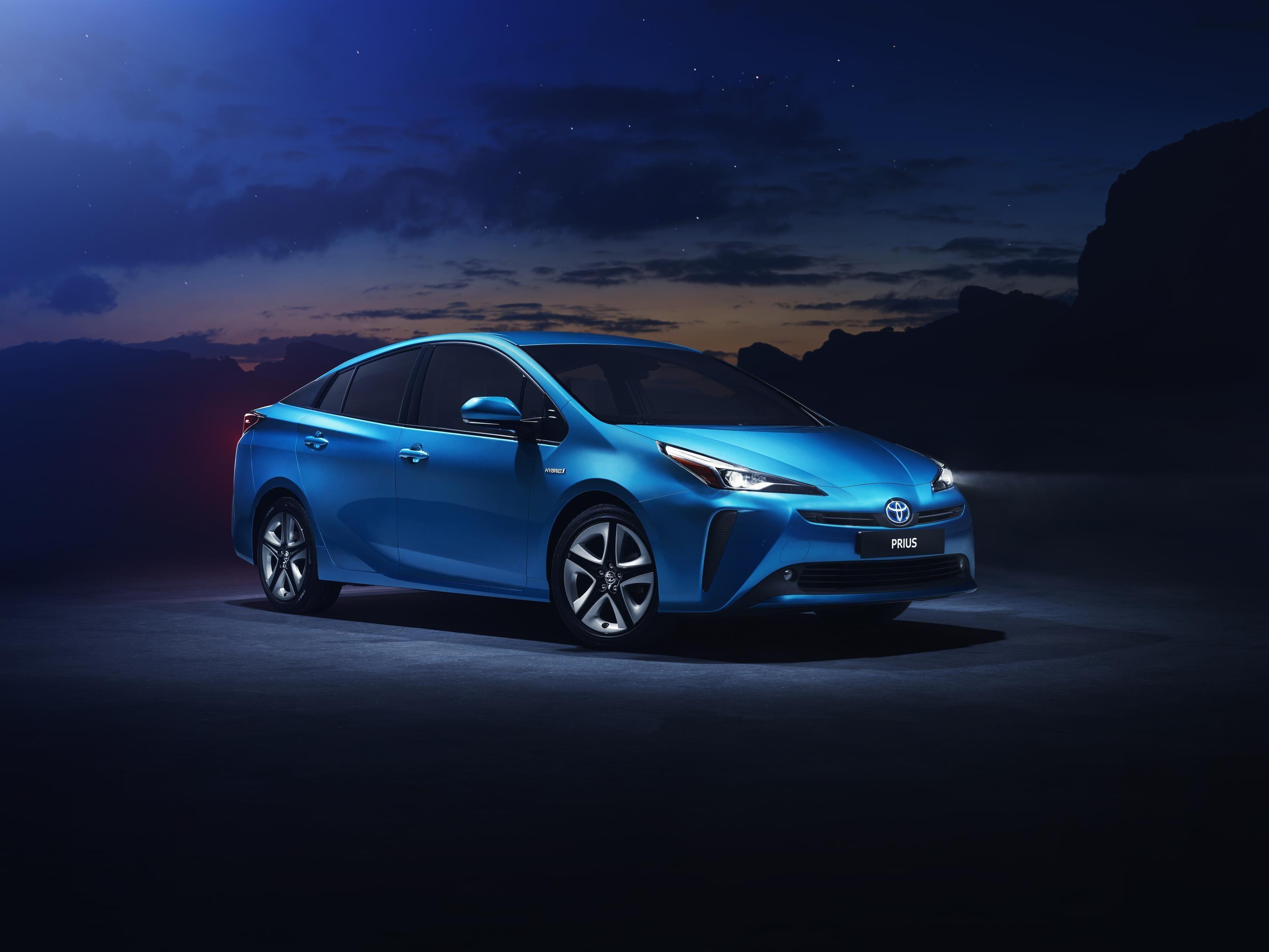 Toyota Prius 2019, disponible con tracción 4×4