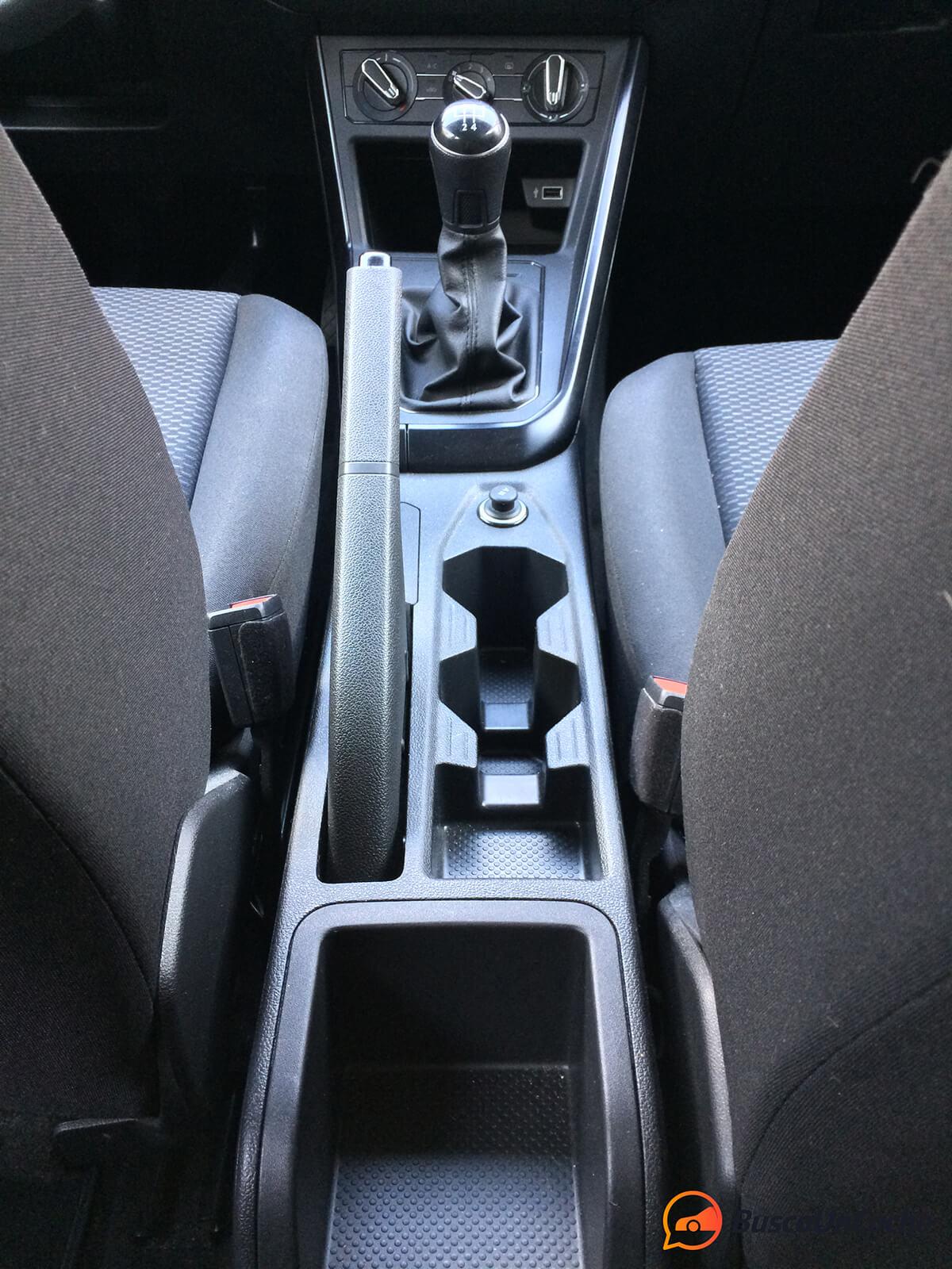 Volkswagen Polo 2018 1.0 EVO: consola central