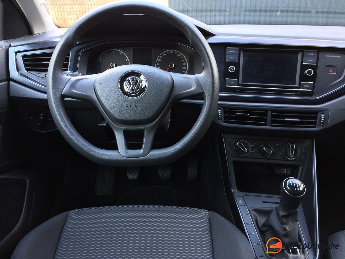 Volkswagen Polo 2018 1.0 EVO: interior