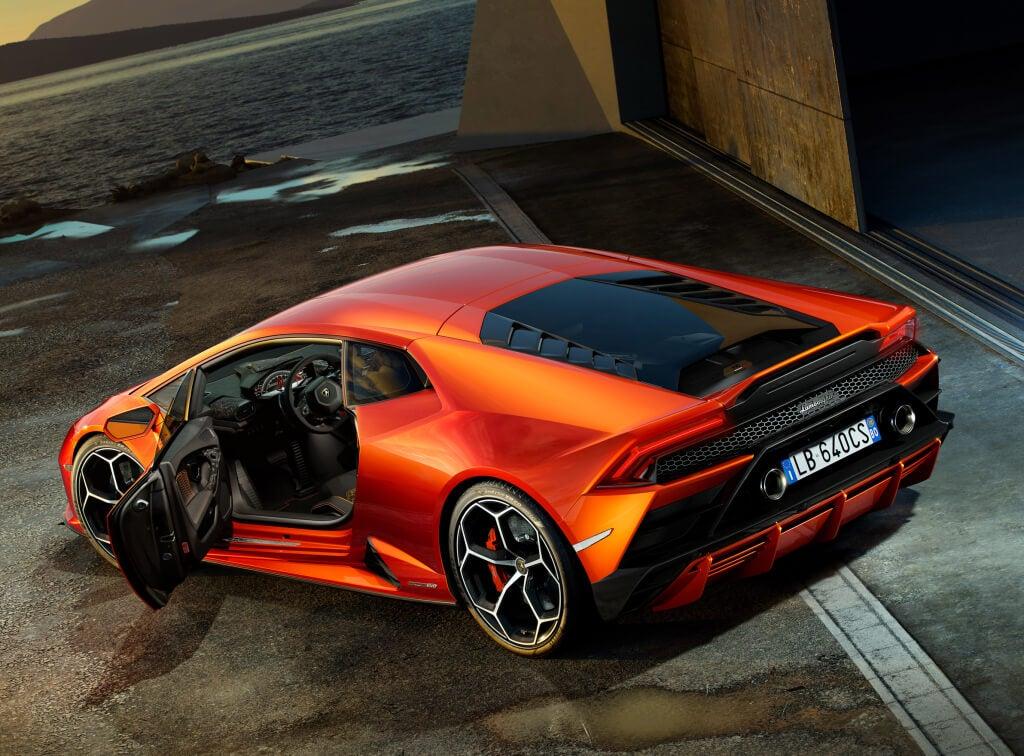 Lamborghini Huracan EVO: vista trasera.