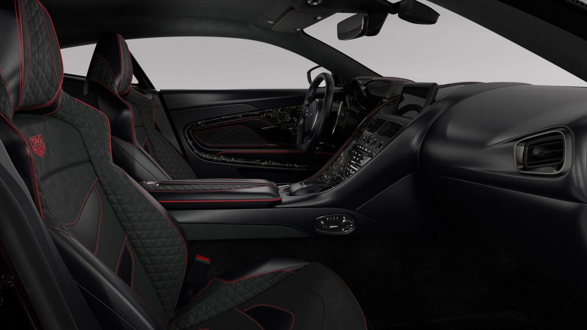 Interior del Aston Martin DBS Superleggera TAG Heuer.