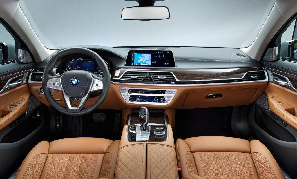BMW Serie 7: habitáculo.