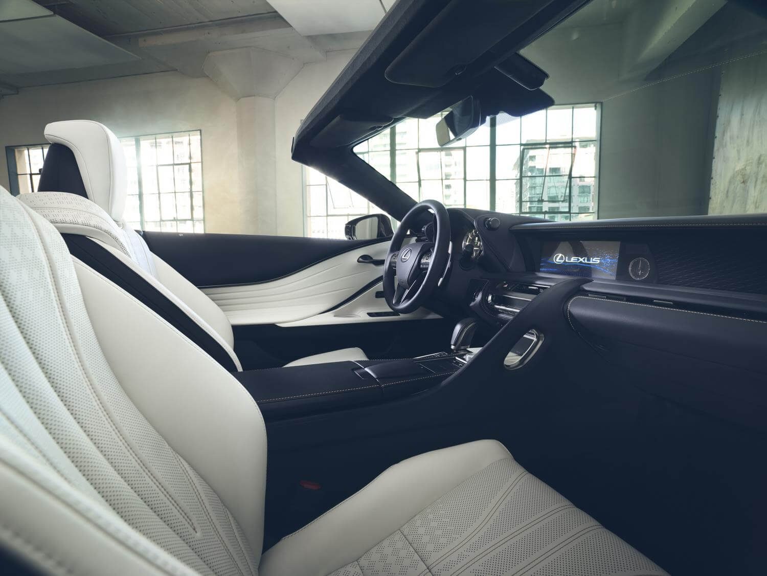 Lexus LC descapotable: interior
