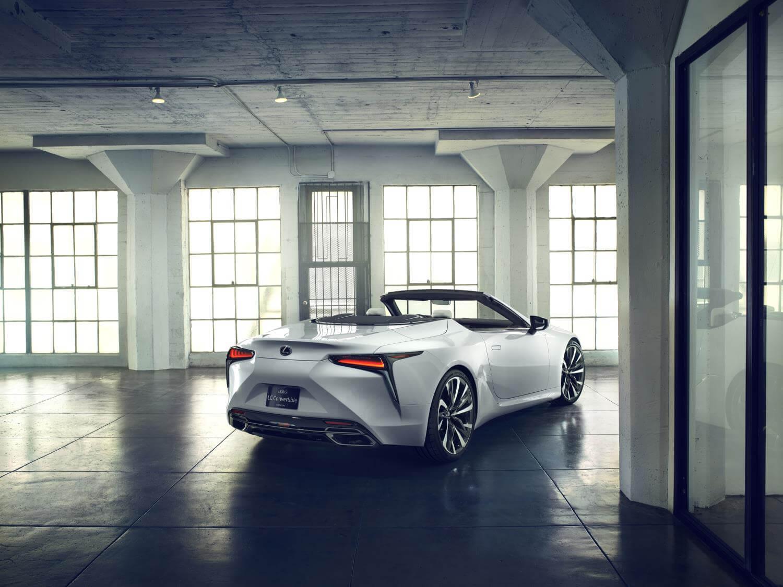 Lexus LC descapotable: trasera