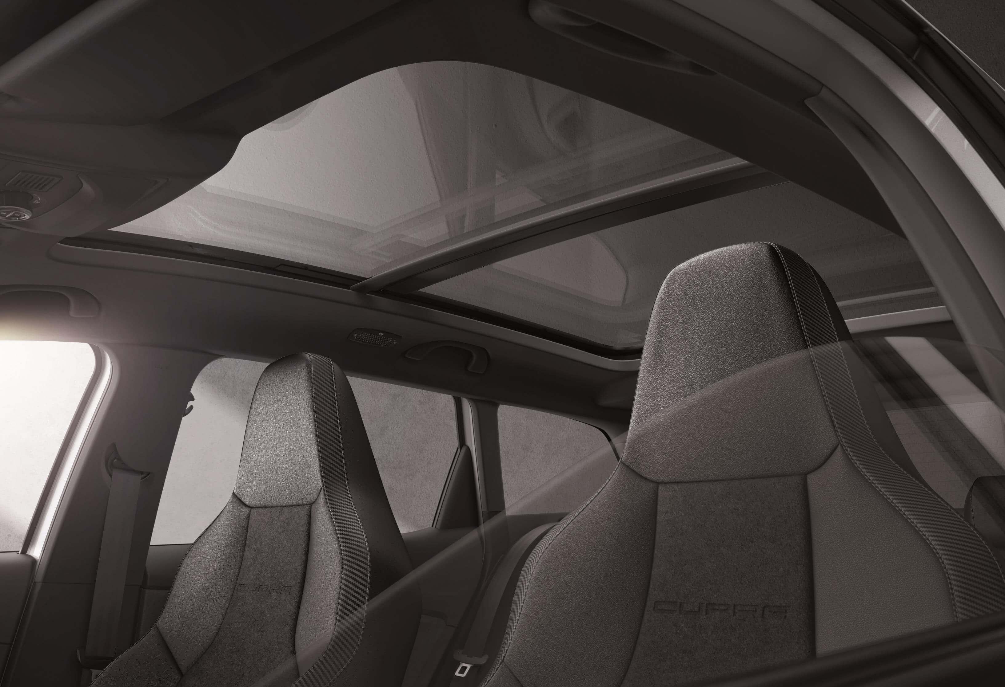 SEAT Leon ST CUPRA R: techo panorámico