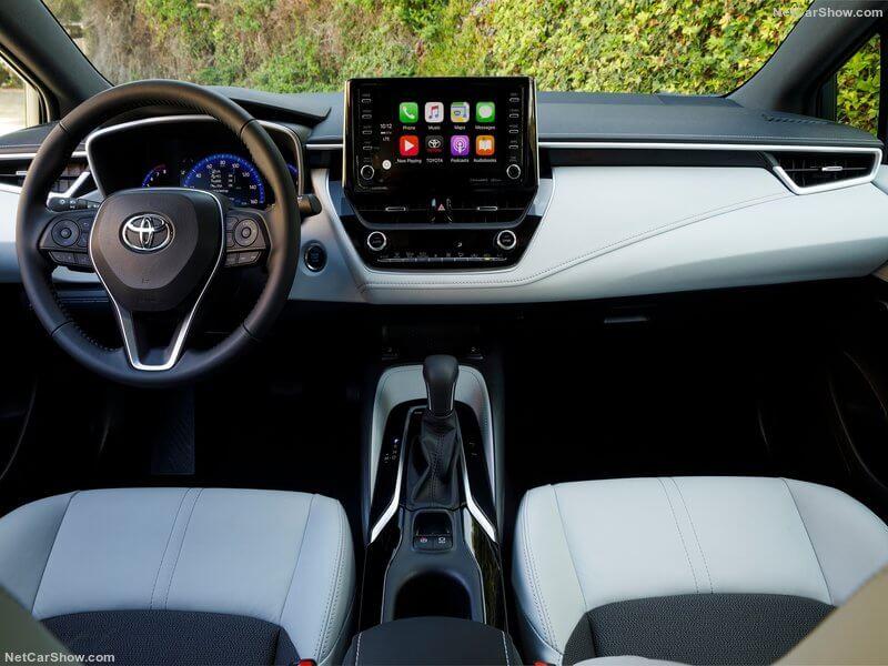 Salpicadero del Toyota Corolla.