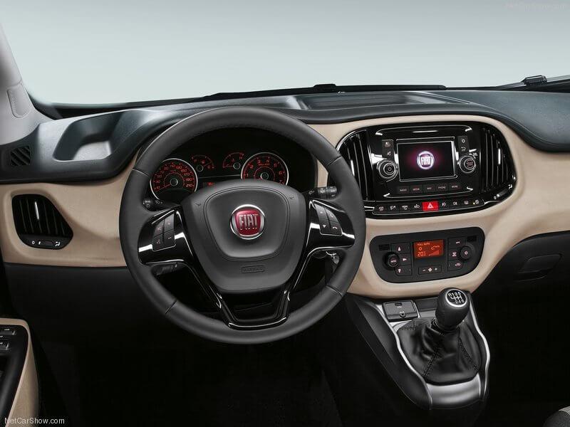 Fiat Dobló, interior.