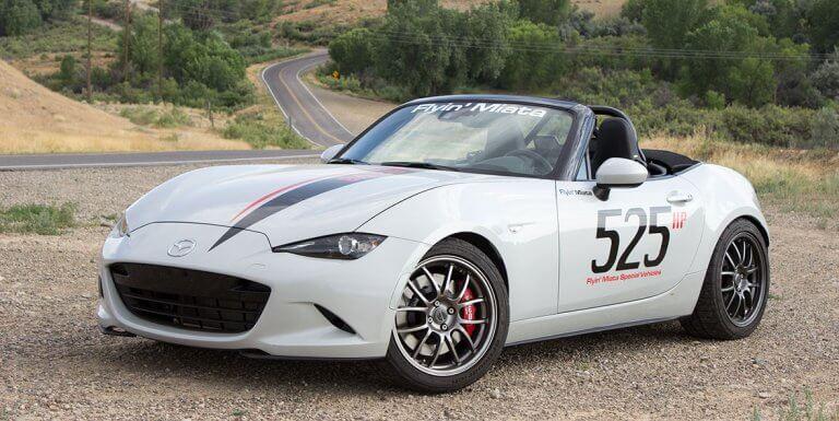 El Mazda MX-5 V8 por Flyin' Miata: potencia americana para el roadster