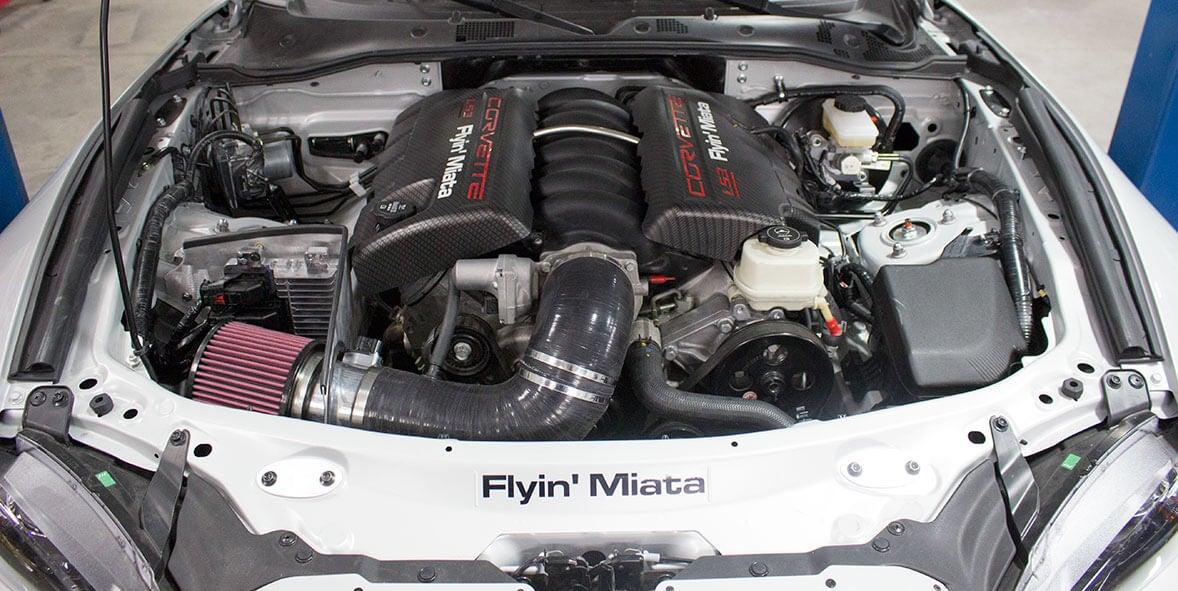 Motor del Mazda MX-5 V8 de Flyin' Miata