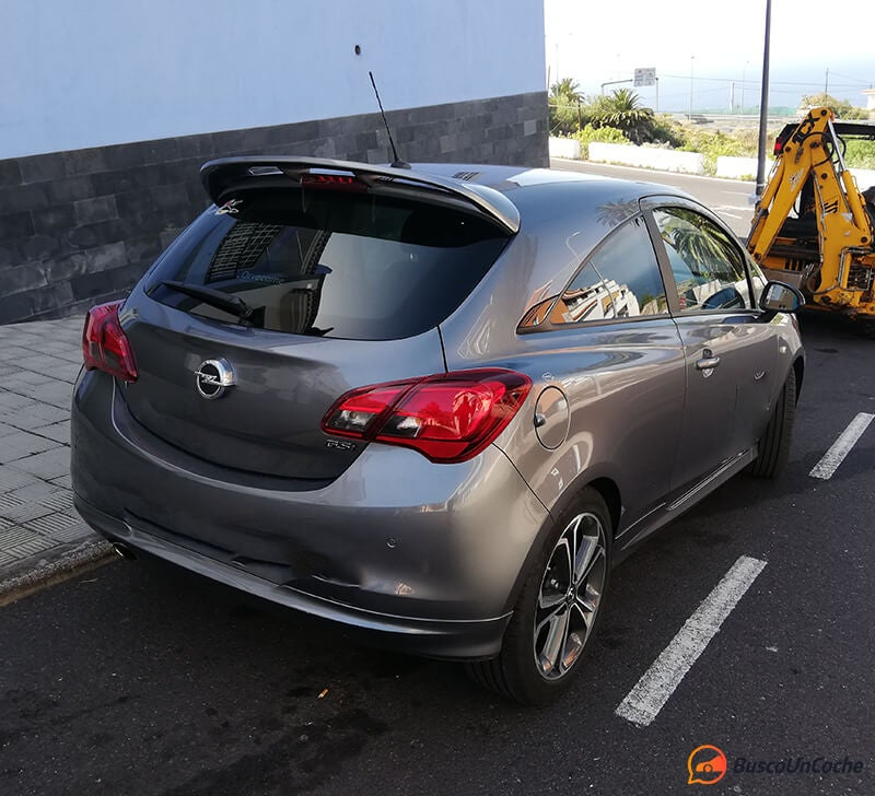Opel Corsa GSi: trasera