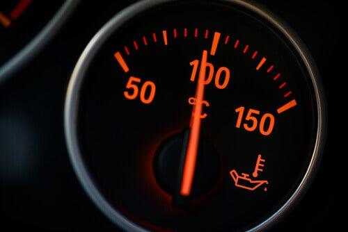 El control de la temperatura del motor de tu coche