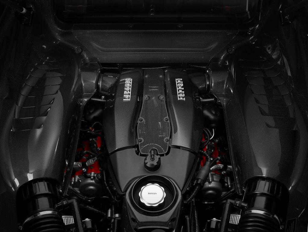 Ferrari F8 Tributo: motor.