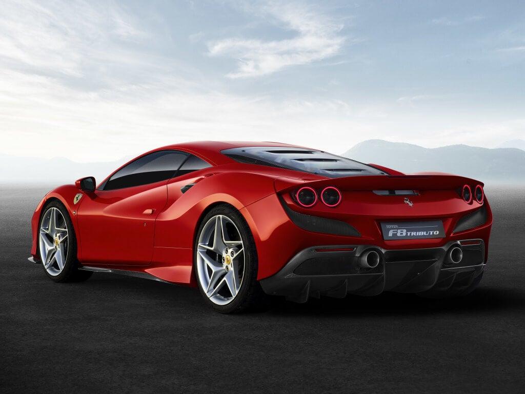 Ferrari F8 Tributo: zaga.