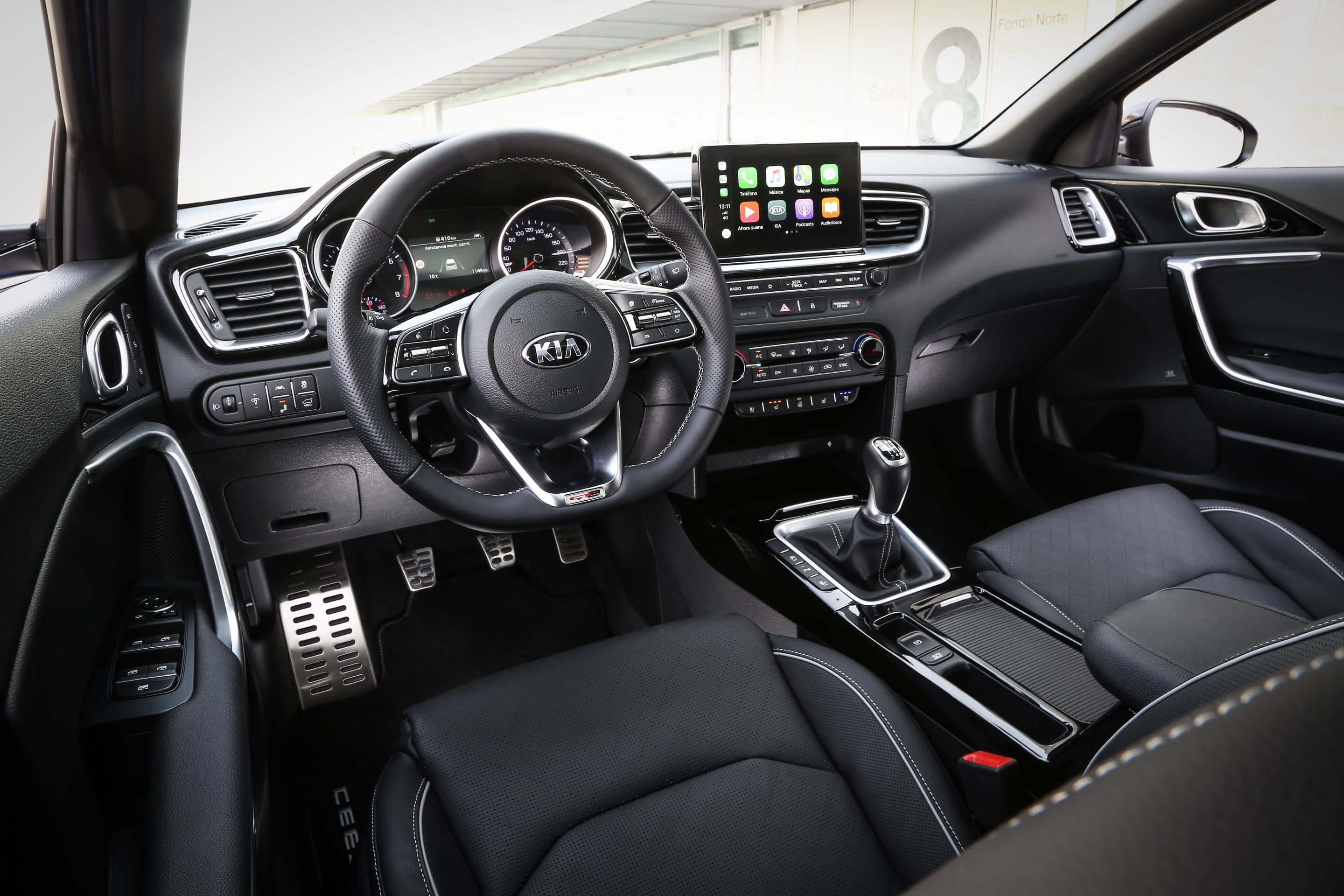 Kia Ceed Tourer: interior