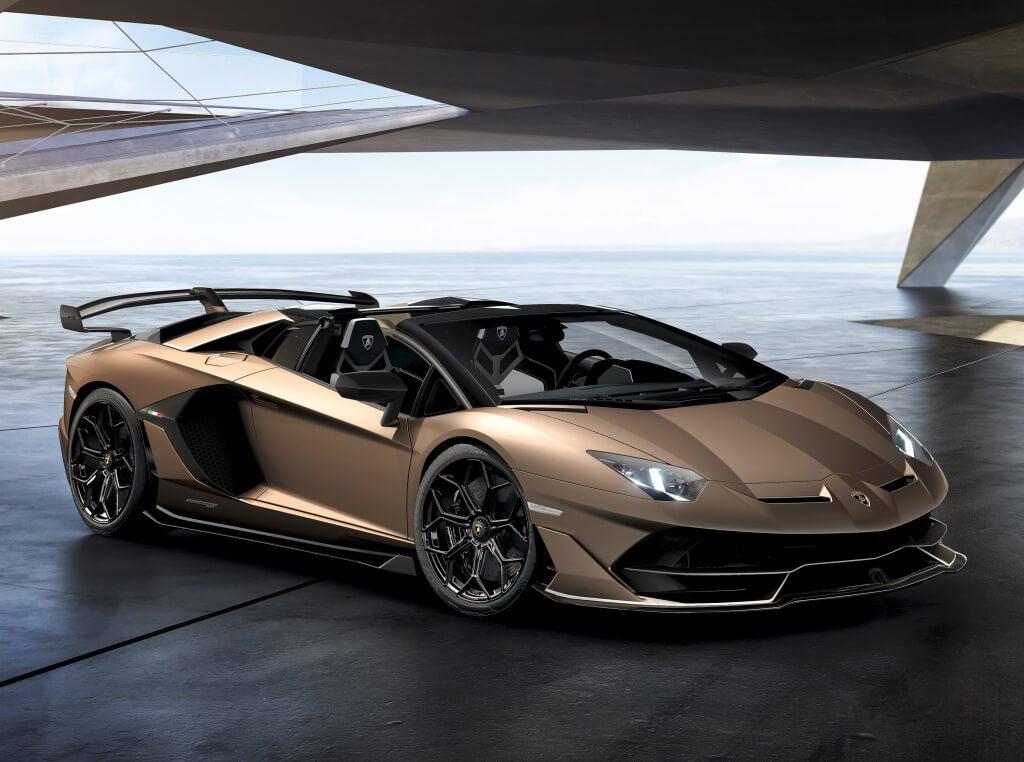 Lamborghini Aventador SVJ Spyder: frontal.