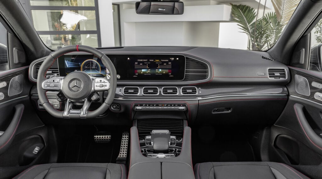 Mercedes-AMG GLE 53 4MATIC+: interior.