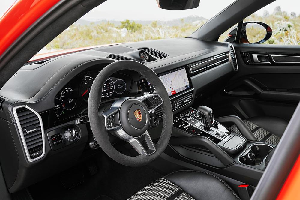Porsche Cayenne Coupé: interior