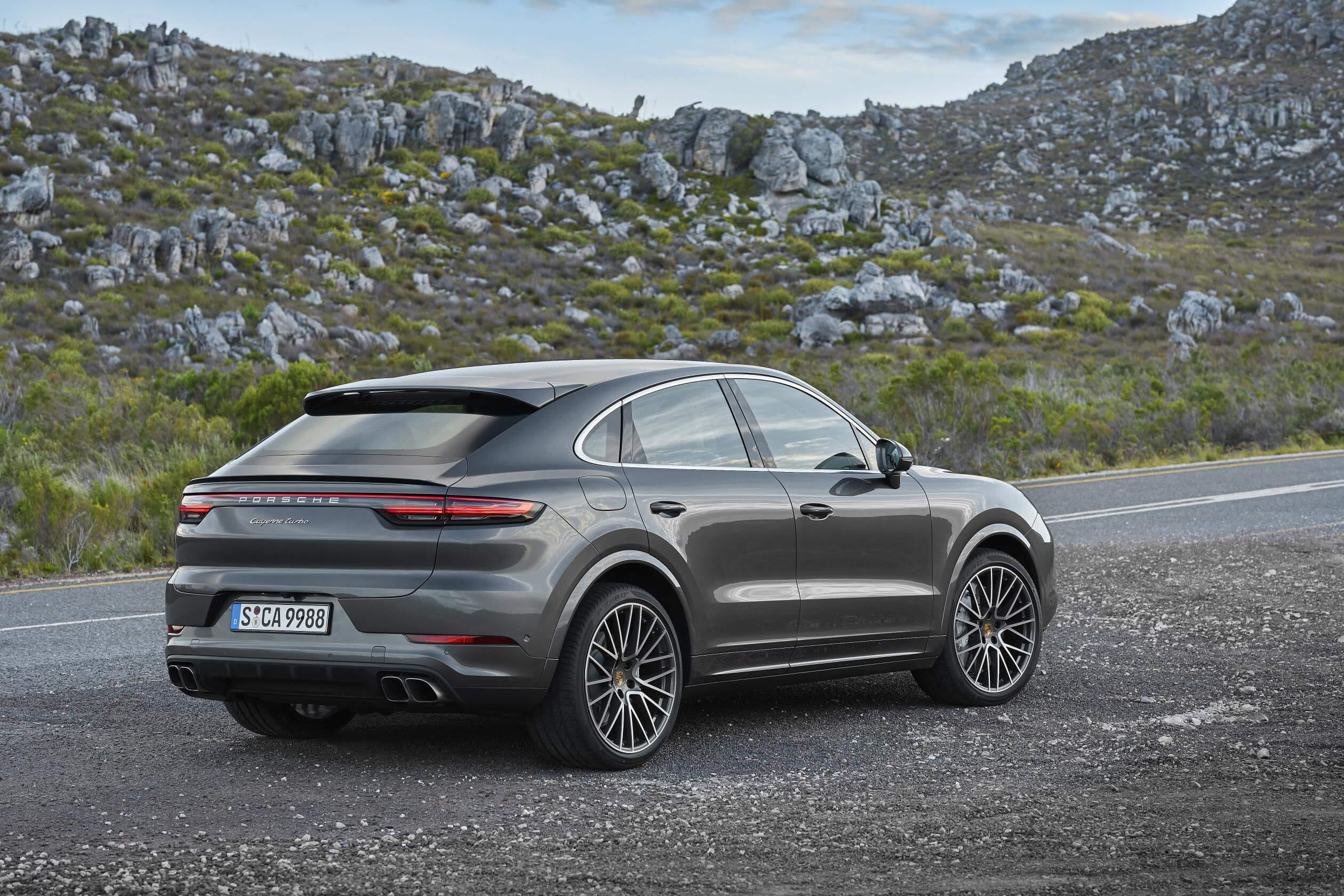 Porsche Cayenne Coupé: trasera