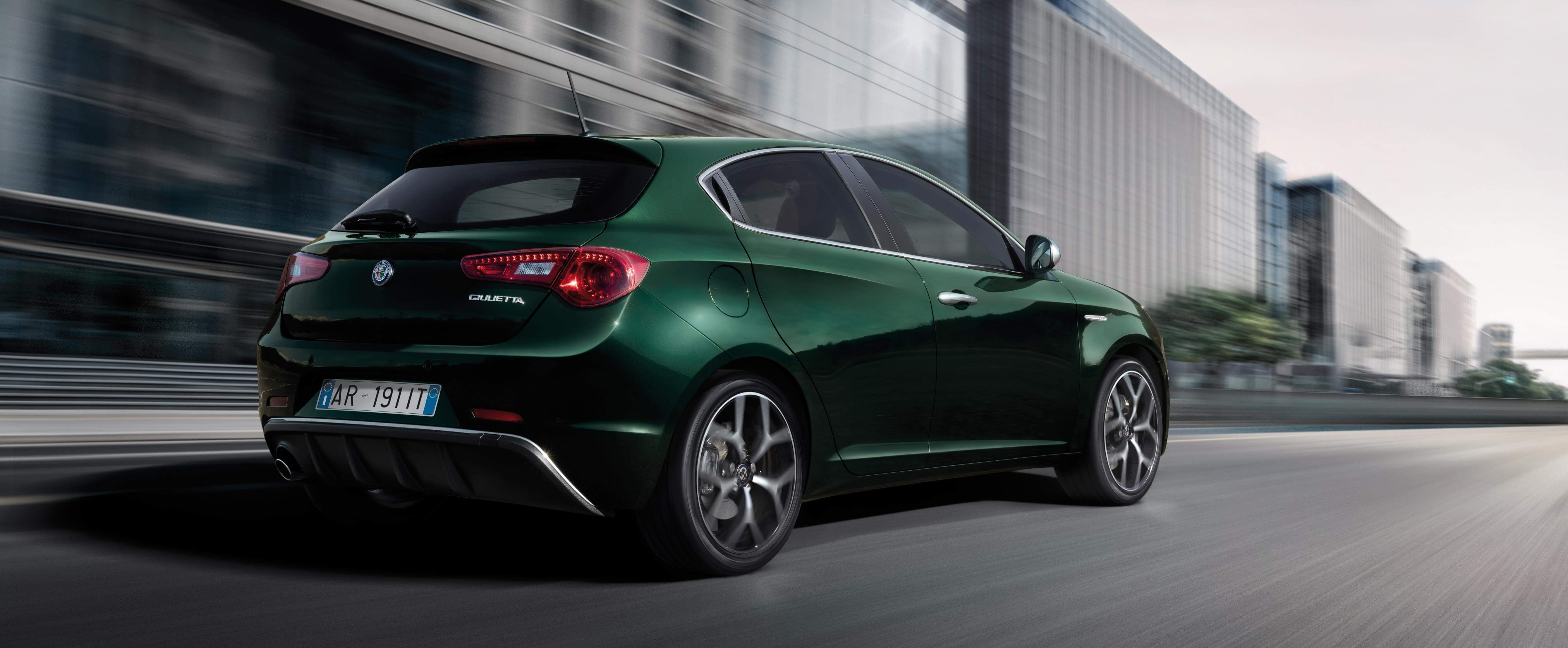 Alfa Romeo Giulietta 2019: trasera