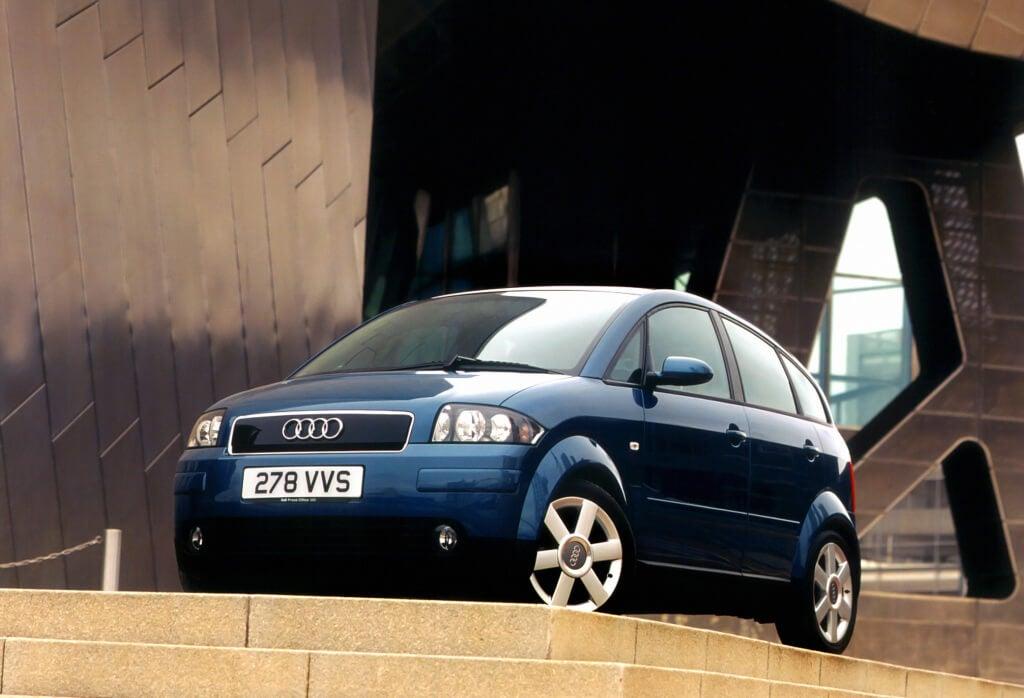 Audi A2: frontal.