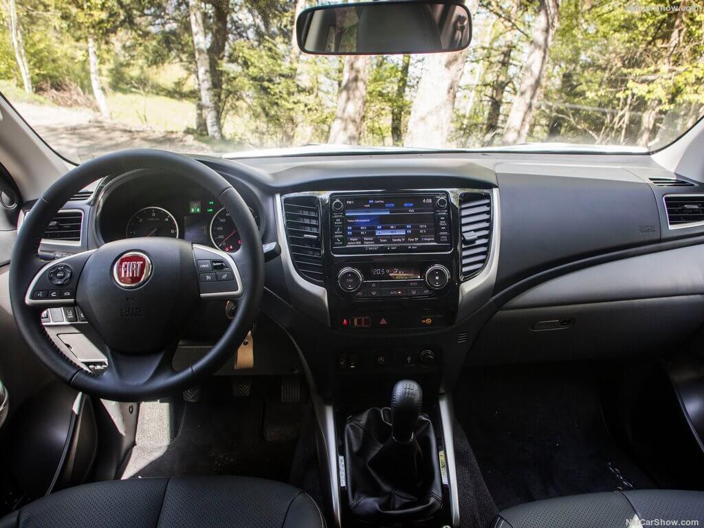 Fiat Fullback, interior.