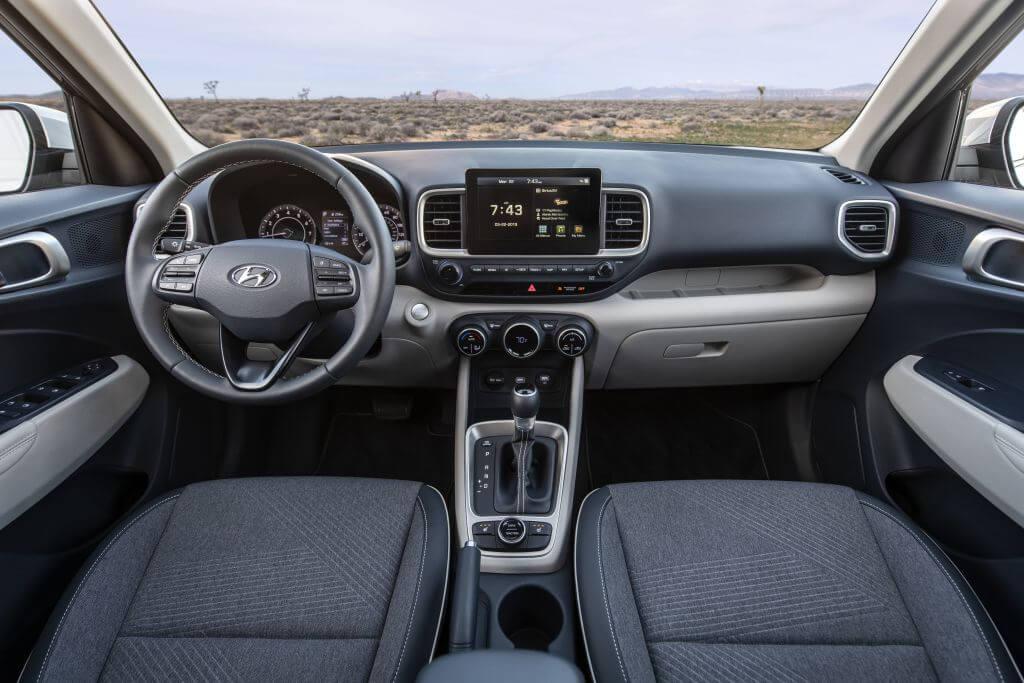 Hyundai Venue: interior.
