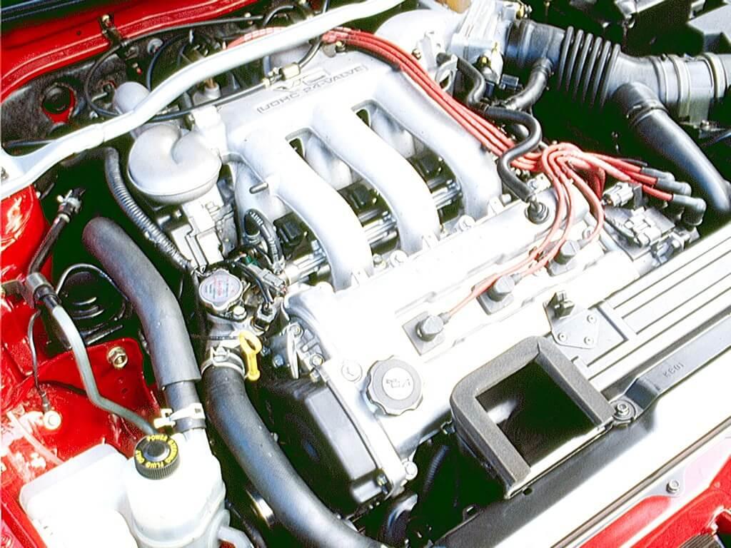 Mazda MX-3, motor.