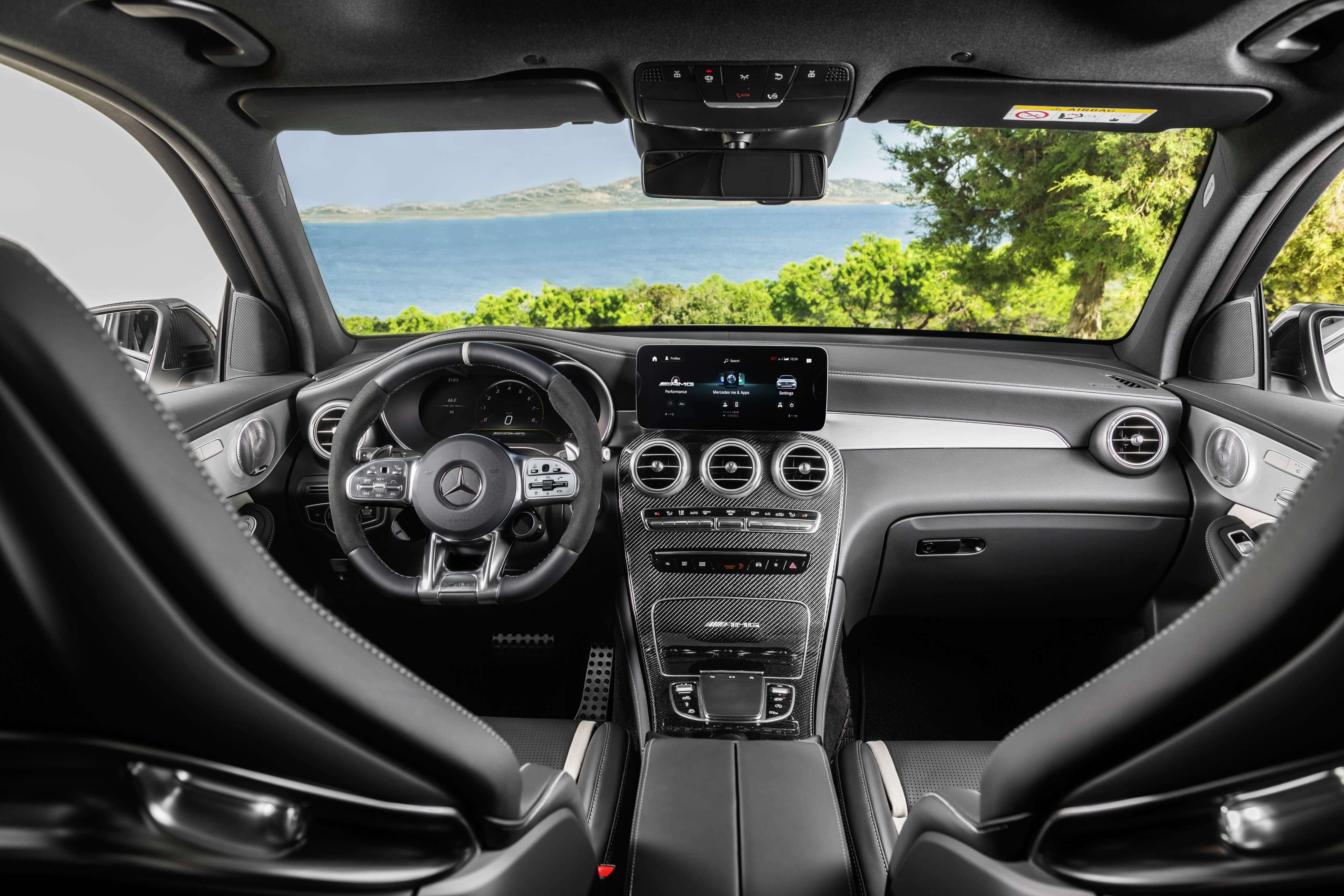 Mercedes-AMG GLC 63 S: interior