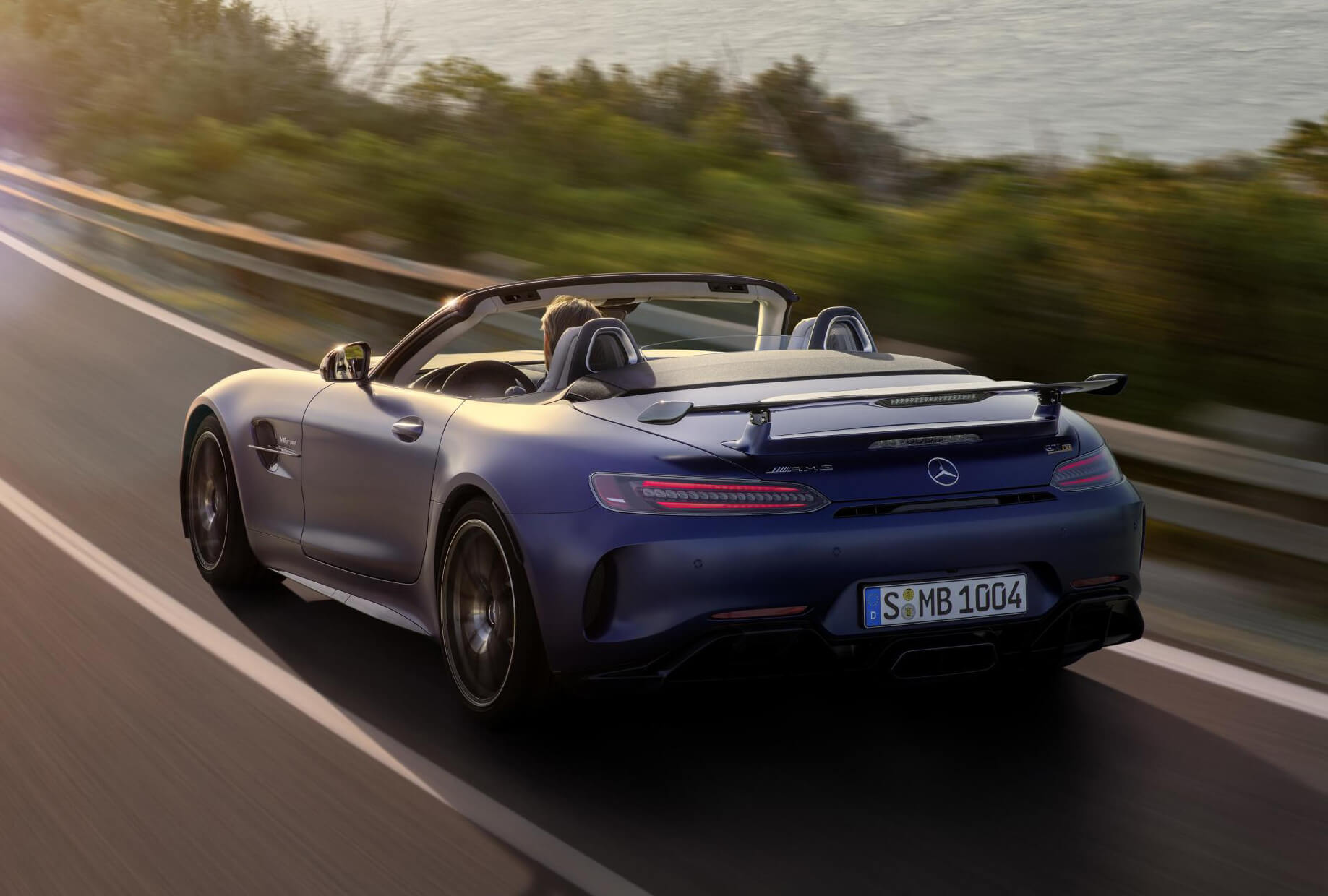 Mercedes-AMG GT R Roadster: trasera