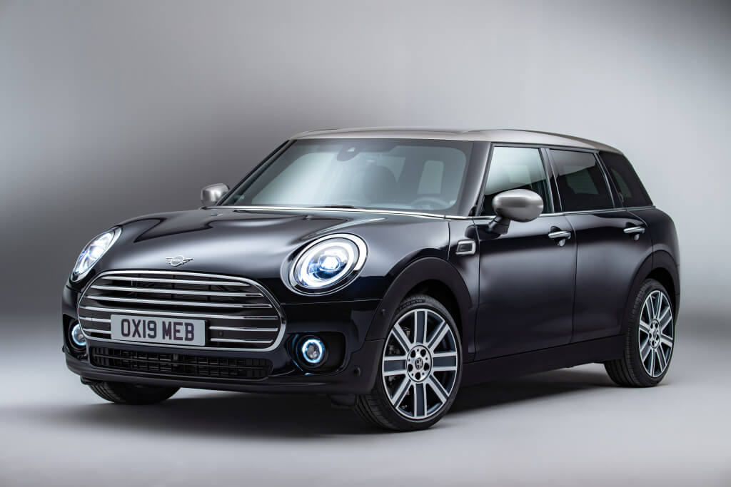 Mini Cooper Clubman 2020: frontal.