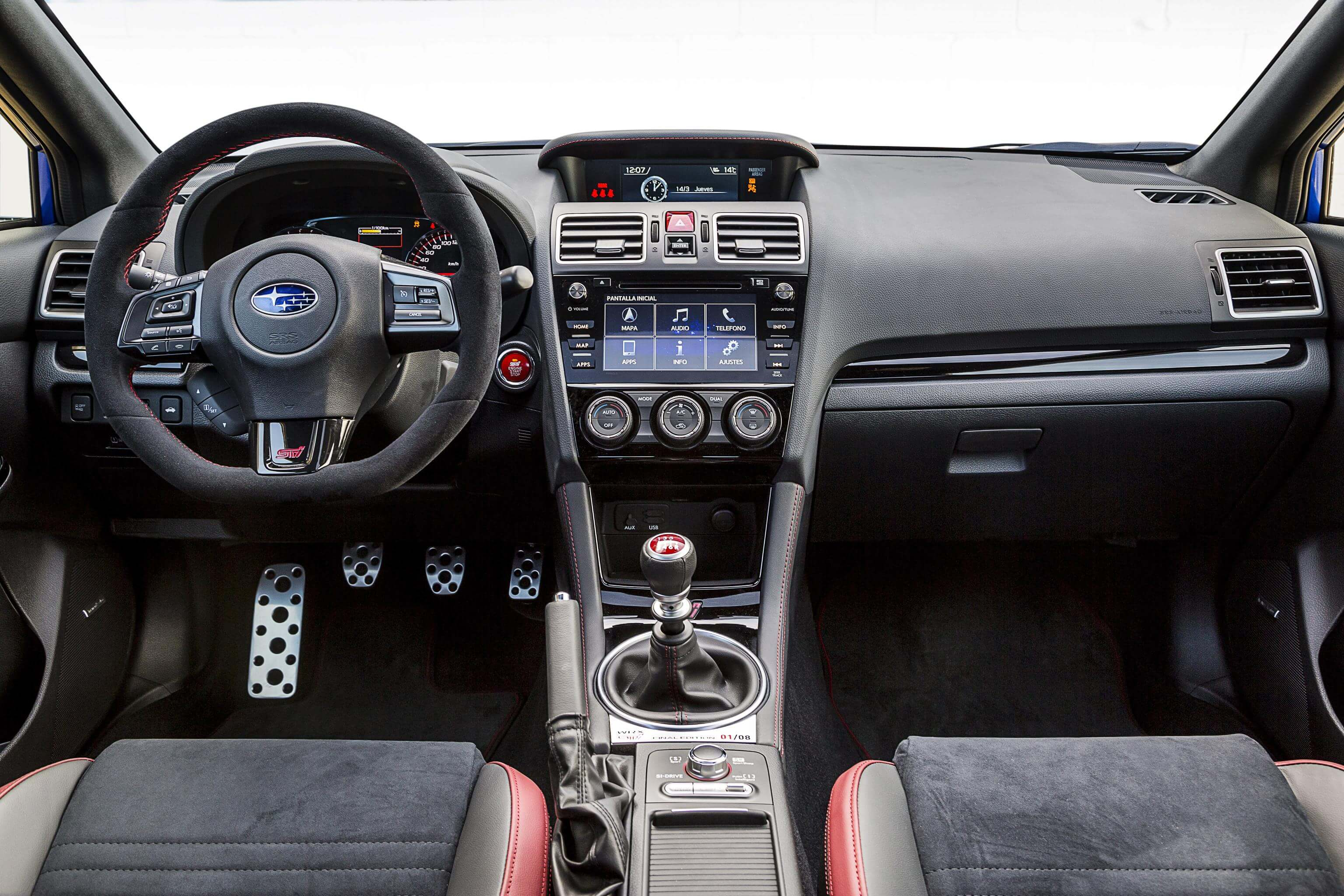 Subaru WRX STI Final Edition: interior