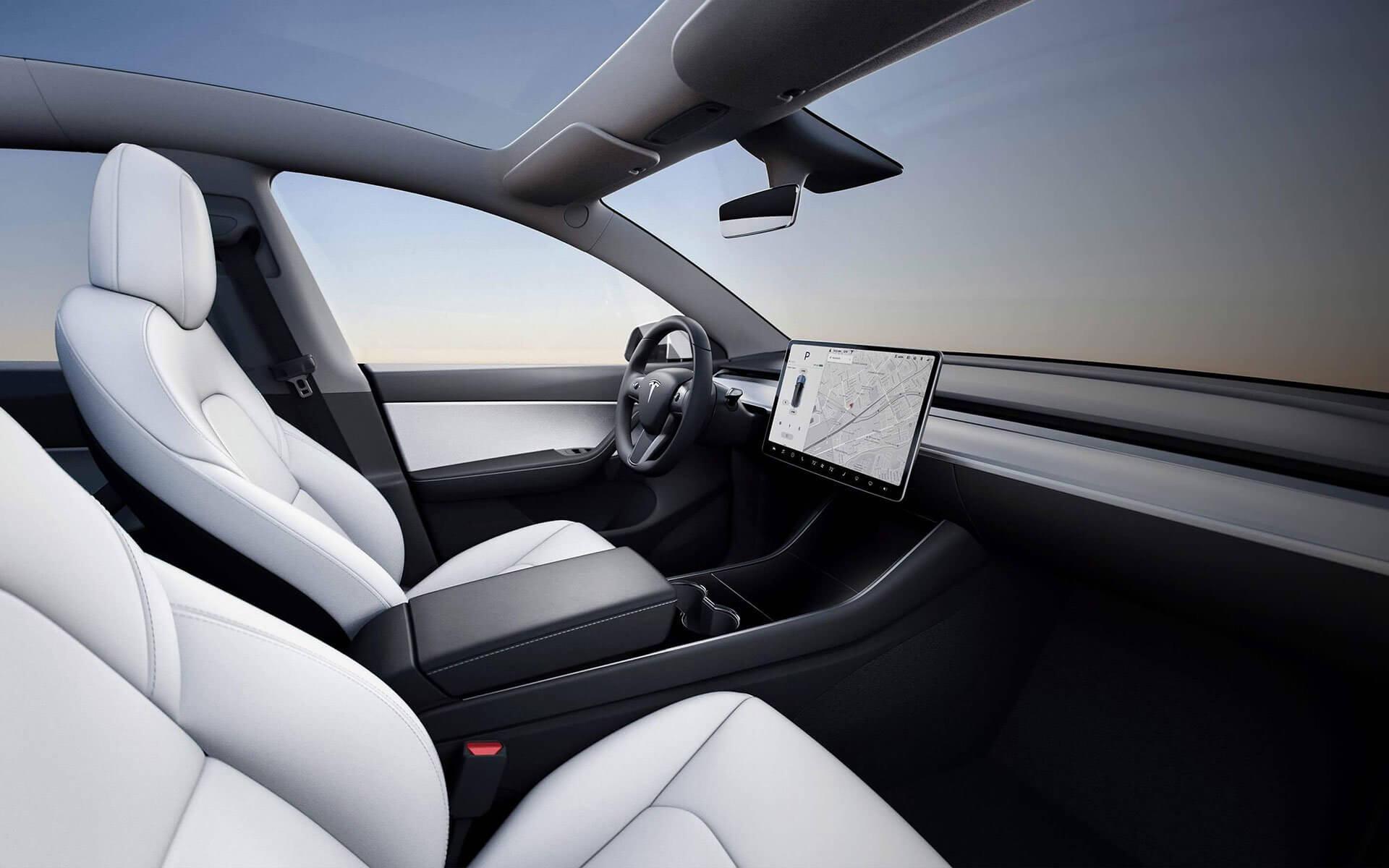 Tesla Model Y: interior