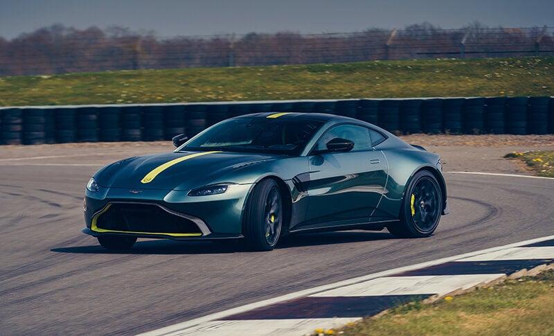 Aston Martin Vantage AMR, el cambio manual se resiste a morir
