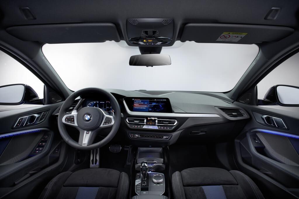 BMW Serie 1 2019: interior.